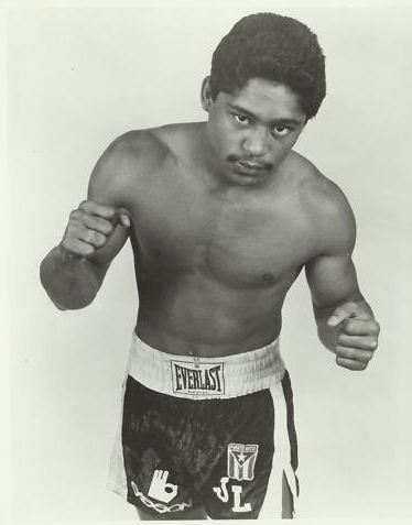 RAW DEAL: The Night Juan Laporte Nearly Defeated Julio CesarChavez